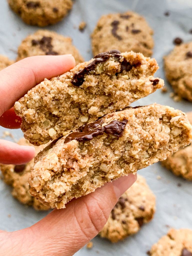 The texture of these cookies is not too soft and not too crunchy, just somewhere in the middle.